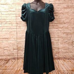 Romans Green Size BO drop waist dress